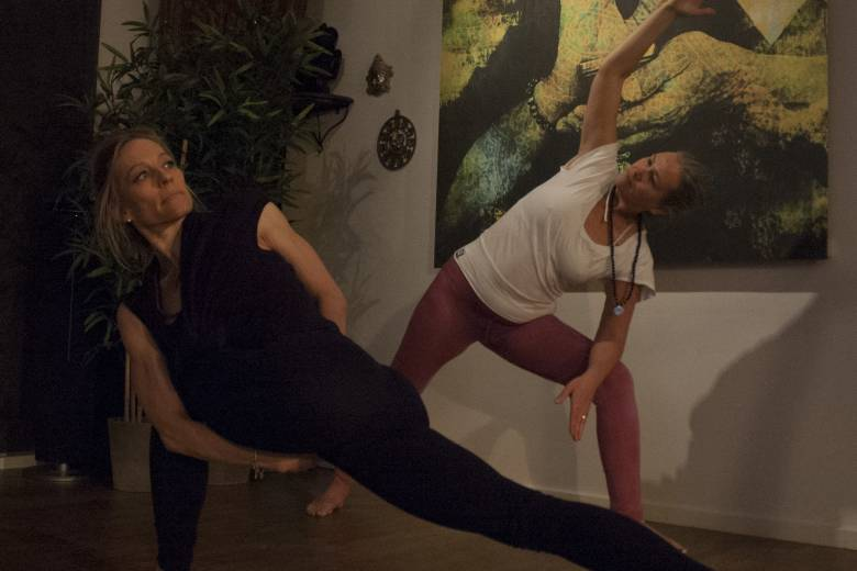 ISHTA Yoga Basic
