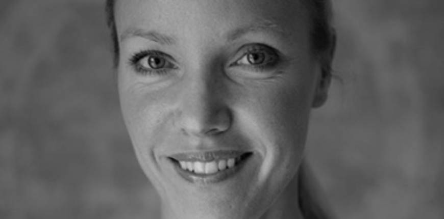 Restorative Aroma yoga med Jeanette Jonsson