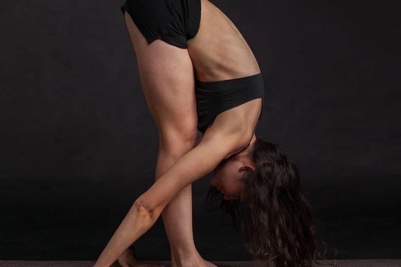 Dynamisk Yoga i Solen